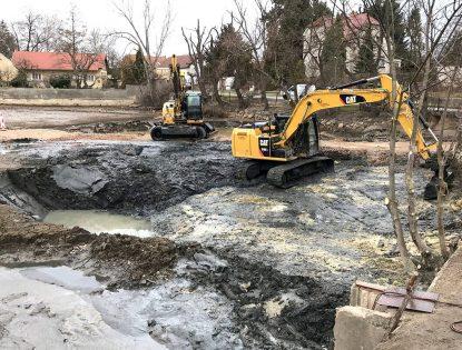 Odbahnění rybníka